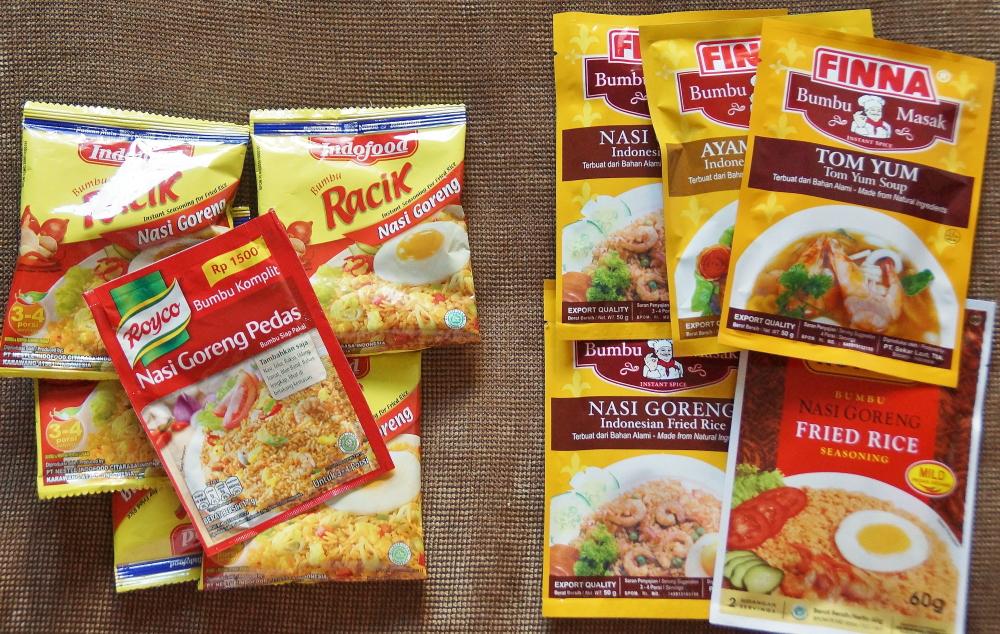 インスタント食品 インドネシア料理の素 粉かペーストか
