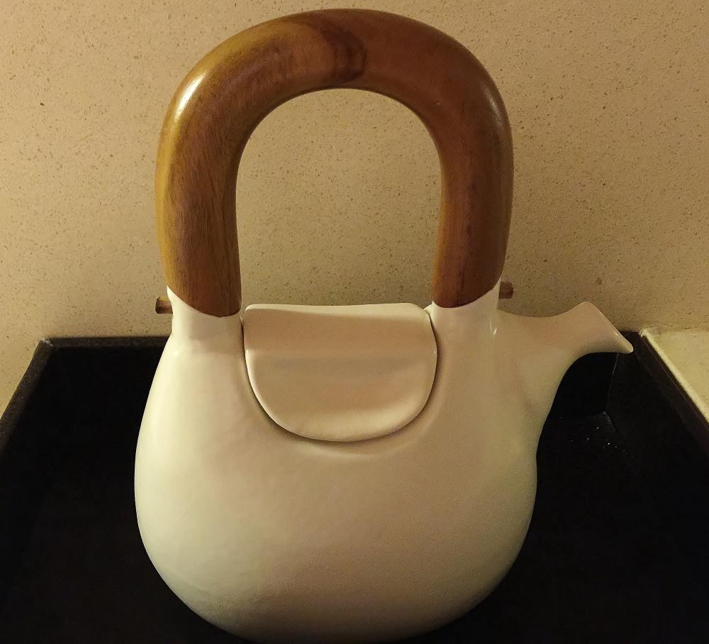 ジェンガラ陶器の急須 通販
