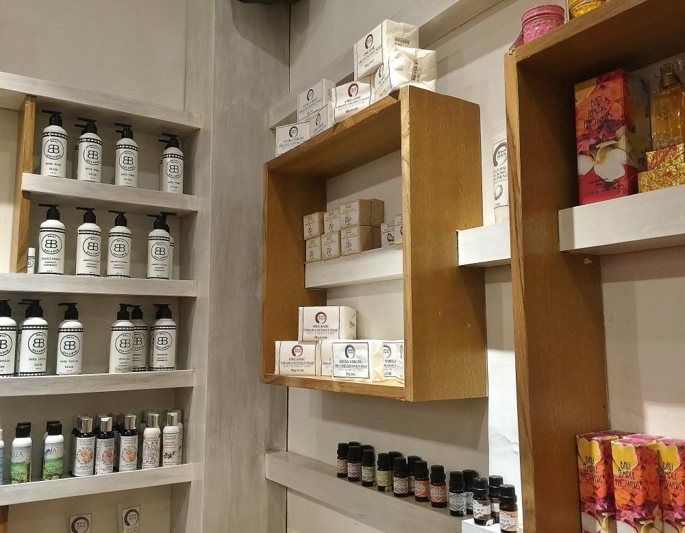 Seminyak health store Bali Organic House